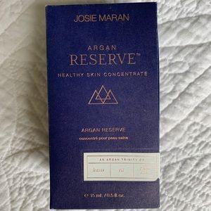 Josie Maran Afghan Reserve.
